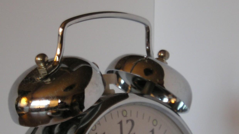 8 Tips to Adjust to Daylight Saving Time