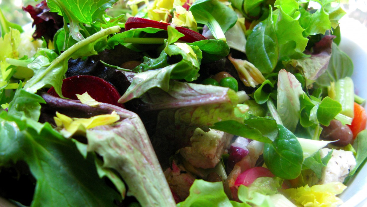 Simple Summer Salads – Local Style!