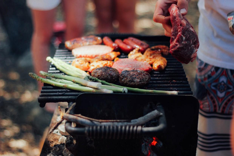 10 Grill & Chill Summer Favorites